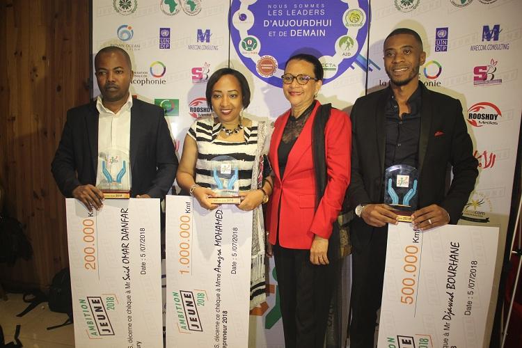 3 lauréats du concours Ambition jeune récompensés